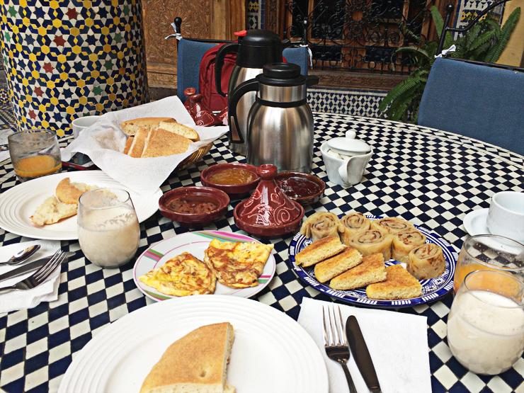 모로칸식-아침식사