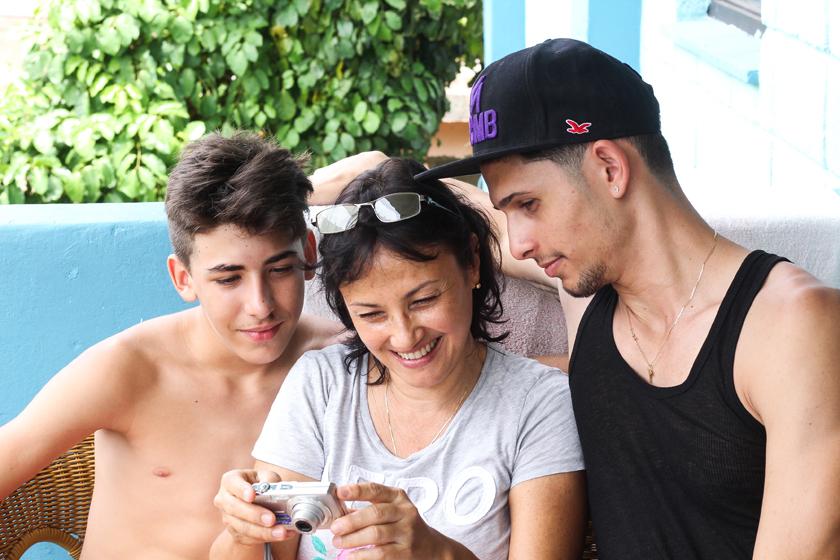가족-쿠바-바라데로
